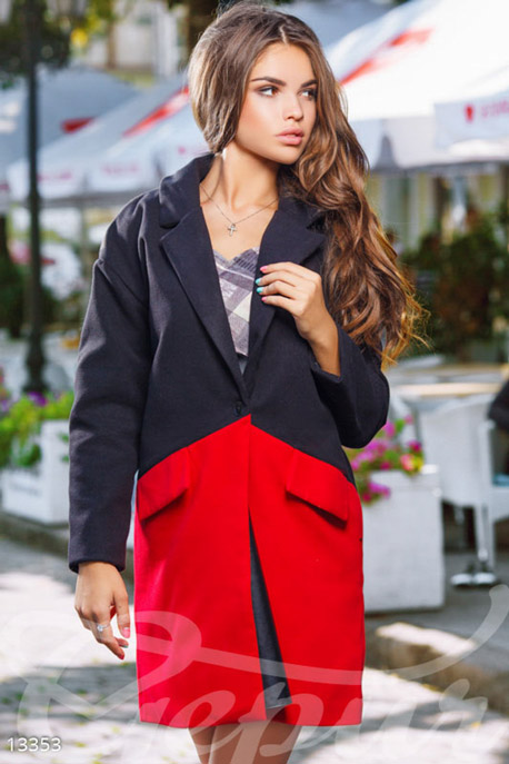 Экокашемировое двухцветное пальто-оверсайз с карманами-клапанами купить в интернет-магазине в Москве, цена 1463.64 |Пальто-13353