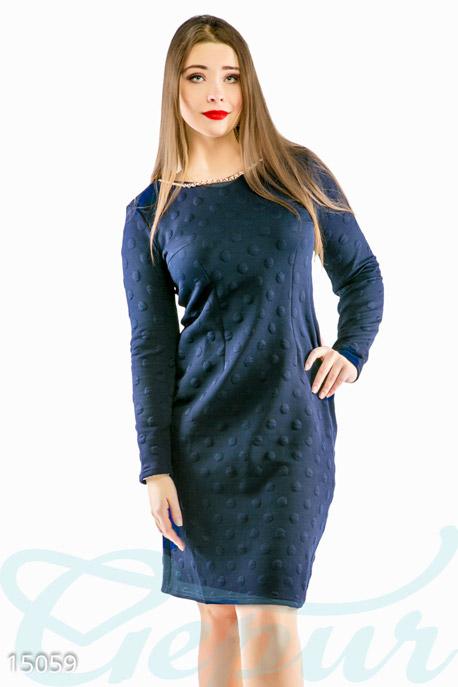 Изысканное фактурное платье