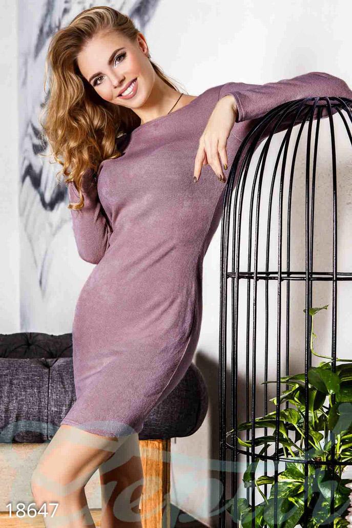 Ангоровое платье декольте