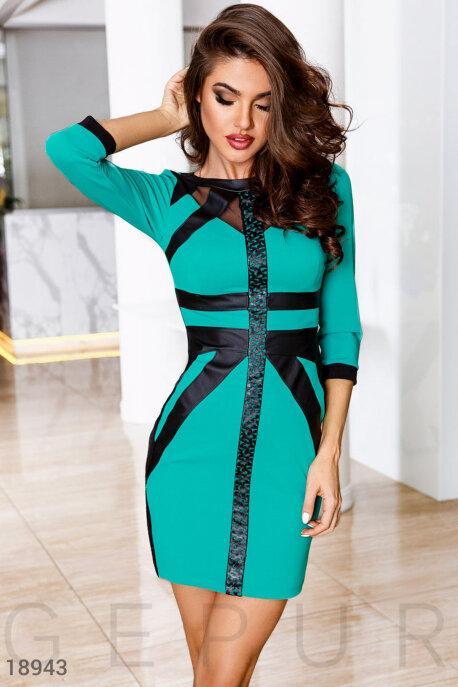 Платье с кожаными вставками