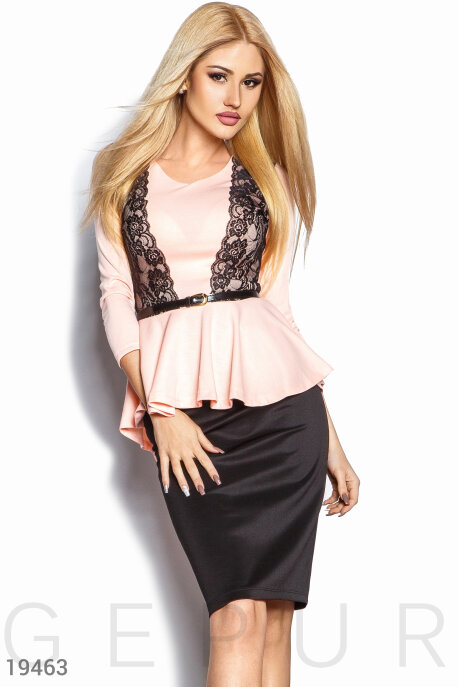 Асимметричный юбочный костюм