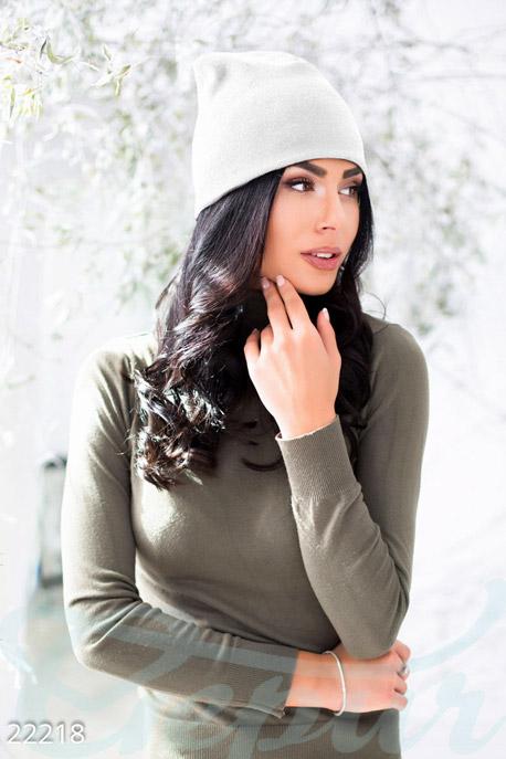 Теплая шерстяная шапка