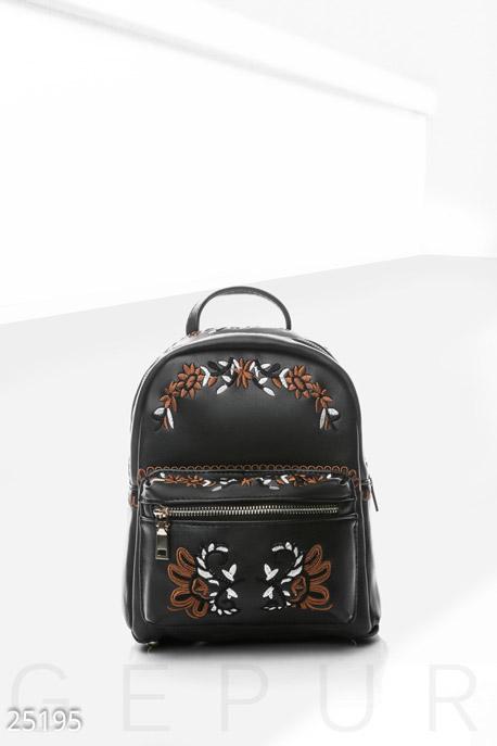 Купить Сумки, клатчи, кошельки / Рюкзаки, Небольшой рюкзак вышивка, Рюкзак-25195, GEPUR, черный