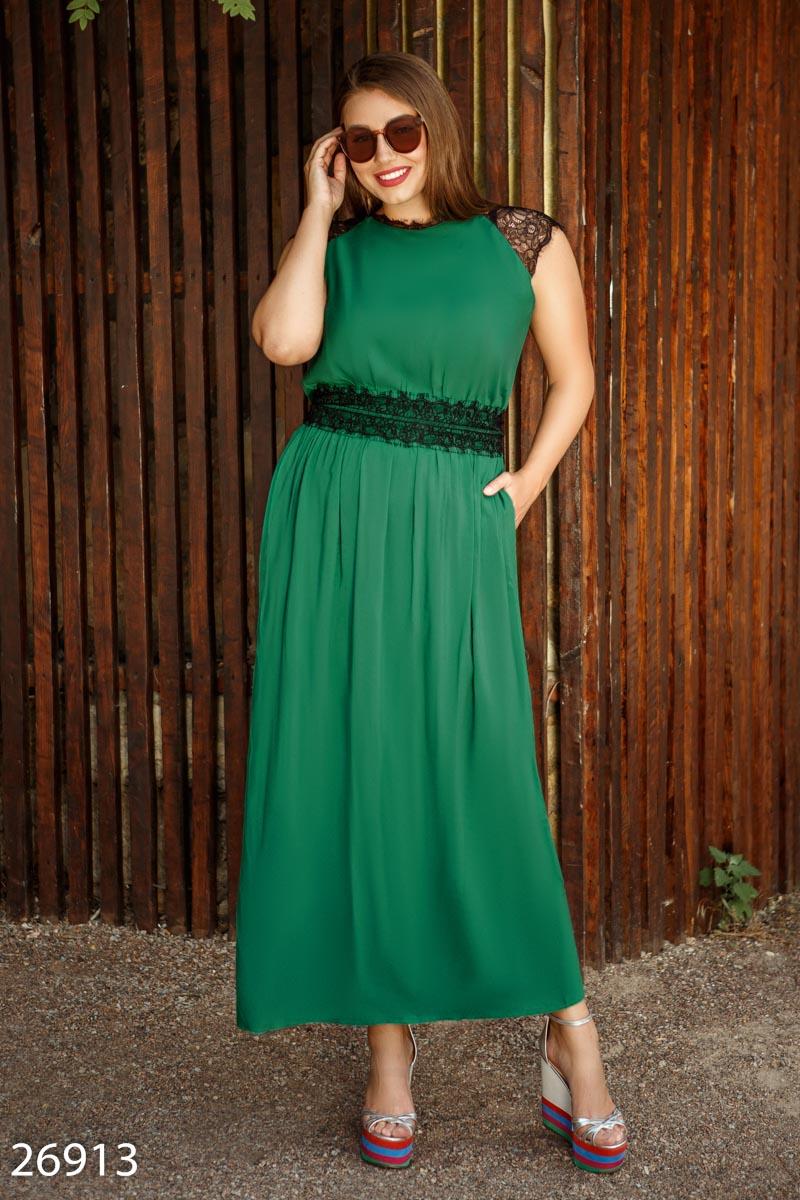 Платье-макси с отделкой