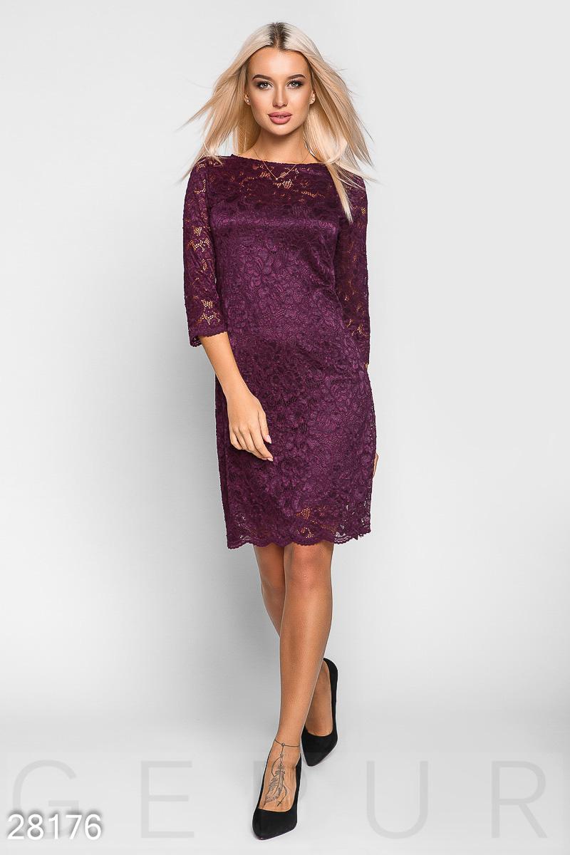 Прямое гипюровое платье