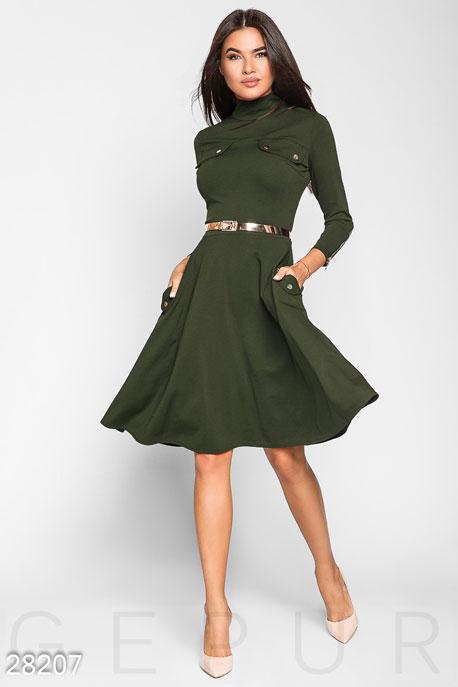 Силуэтное женское платье GEPUR