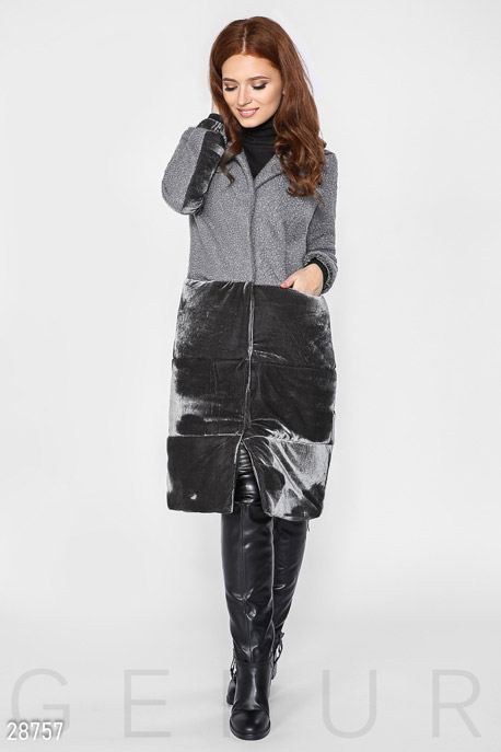 Демисезонное пальто из букле GEPUR
