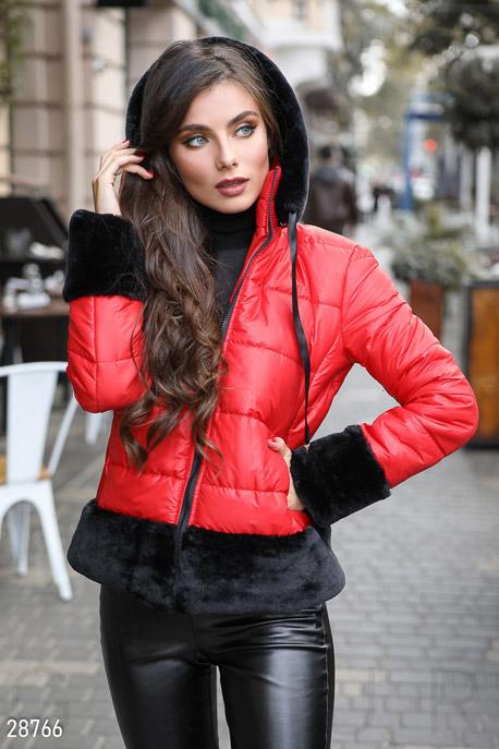 Яркая зимняя куртка GEPUR