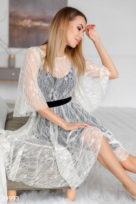 Кружевное платье-сетка