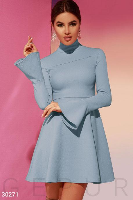 Эффектное расклешенное платье GEPUR