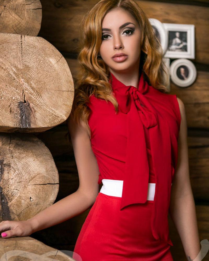 Эффектная блуза-аскот фото