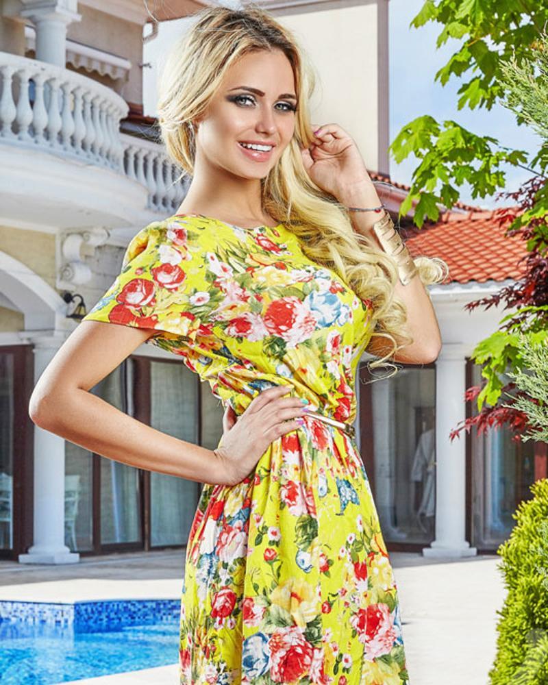 Платье с цветами фото