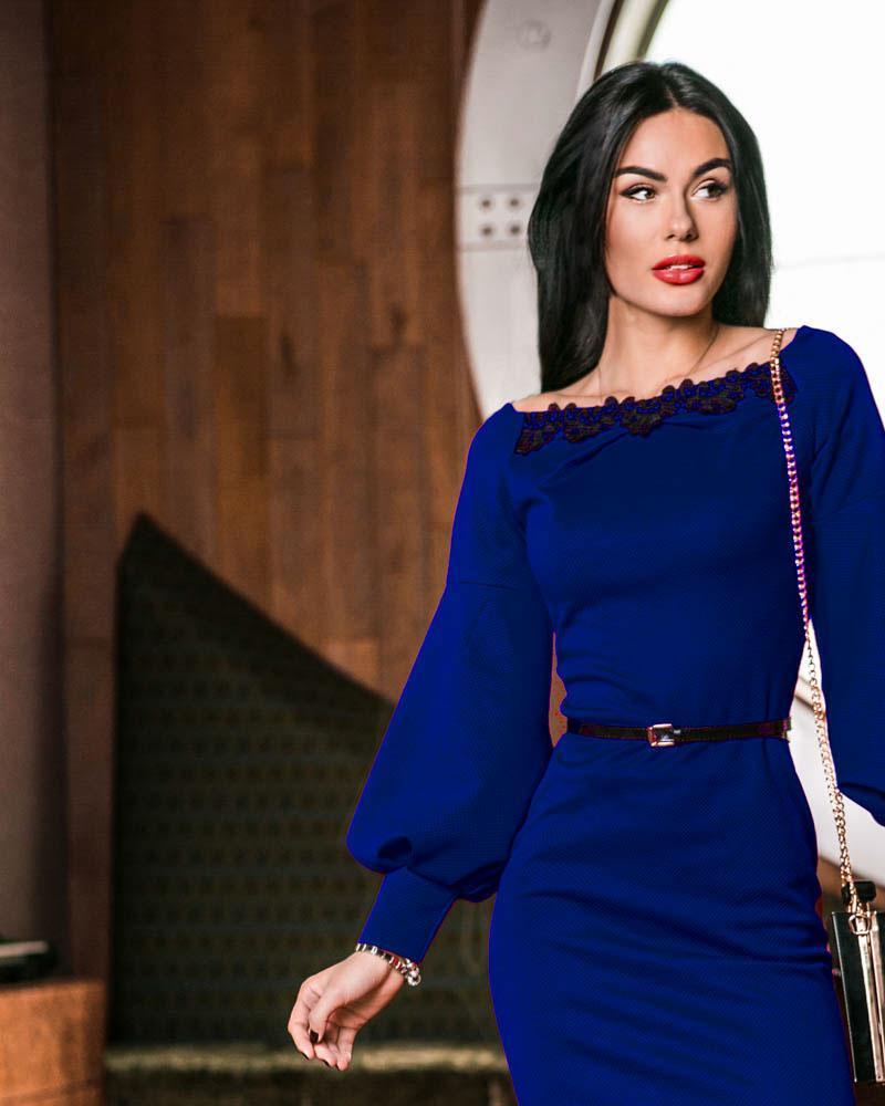 Элегантное платье-миди фото