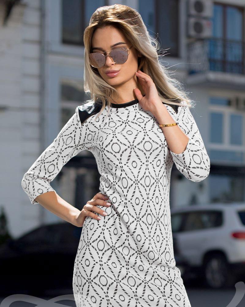 Жаккардовое платье-мини фото