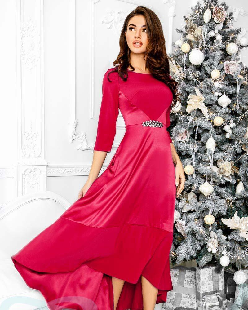 Оригинальное атласное платье фото