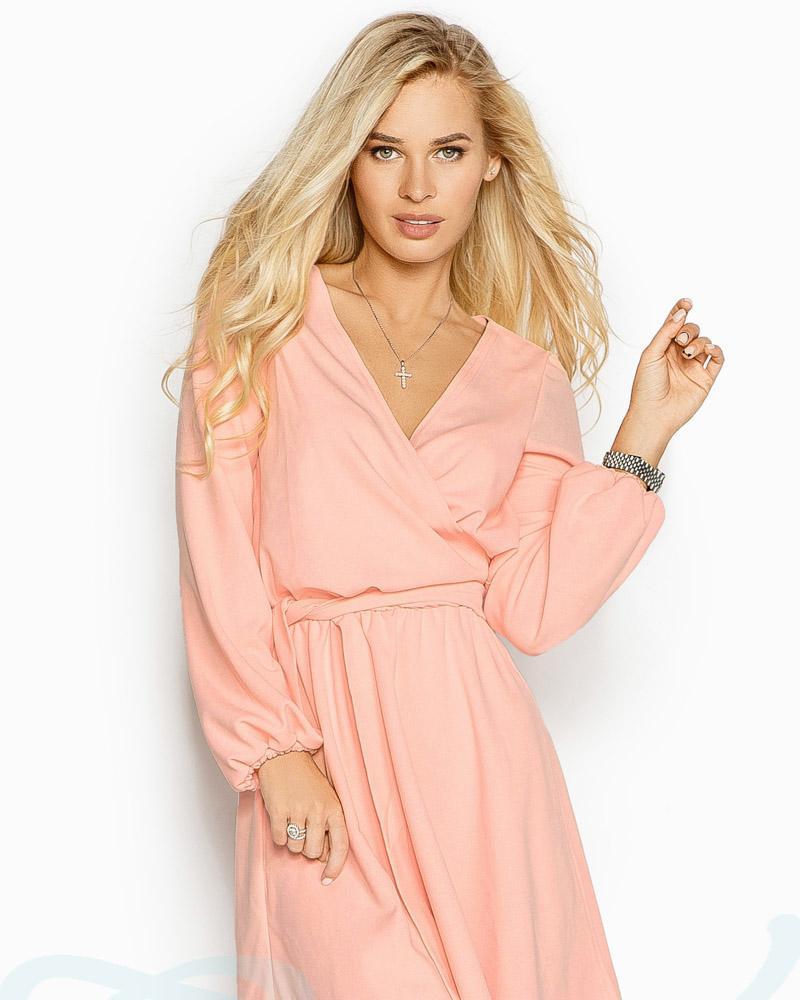Приталенное платье-мини