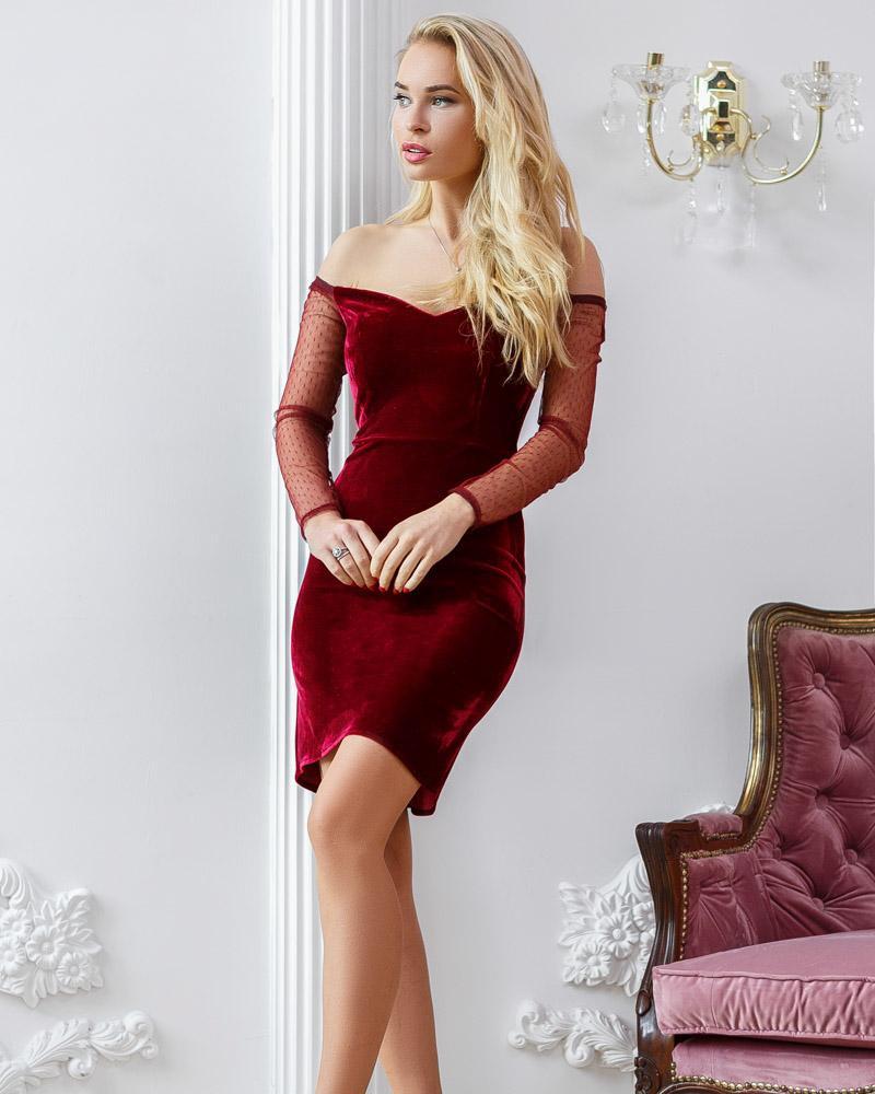 Открытое бархатное платье фото