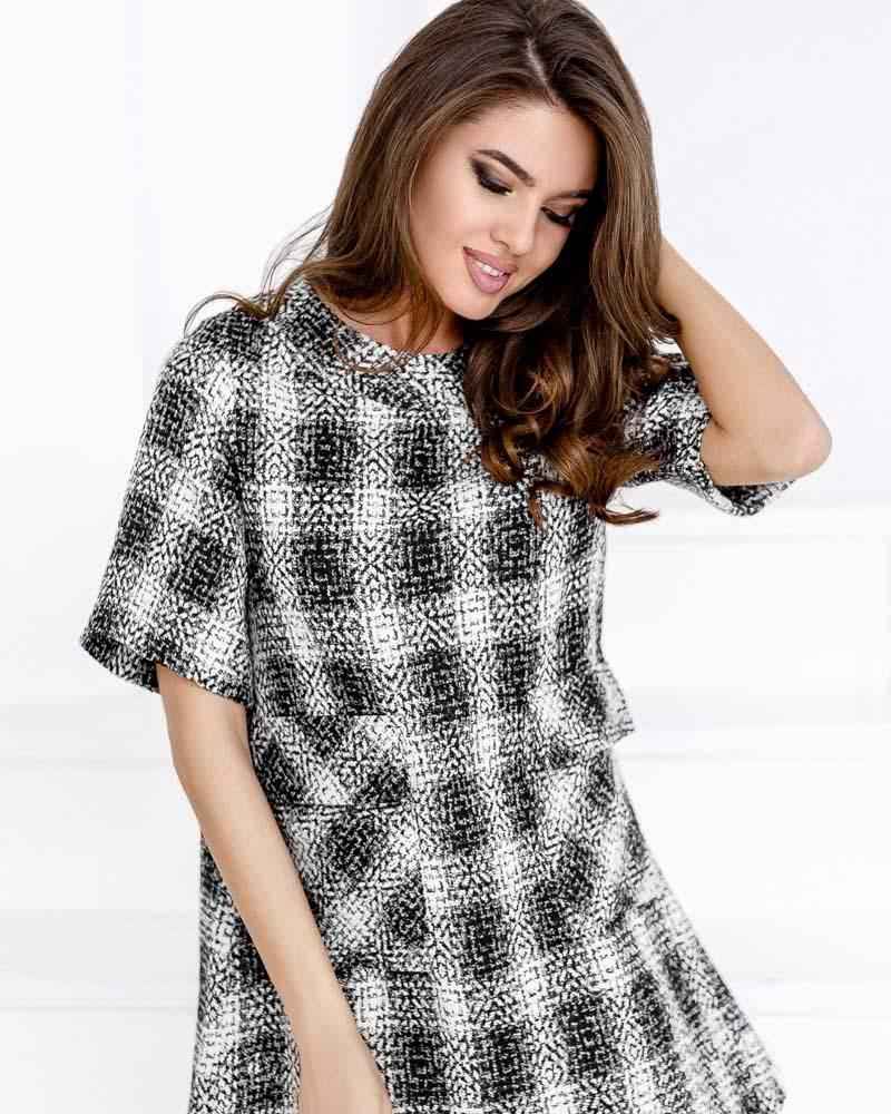 Короткое платье из букле фото