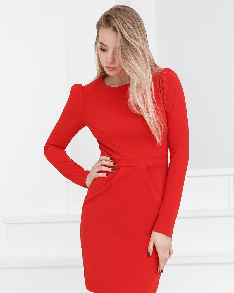 Трикотажное платье-футляр фото