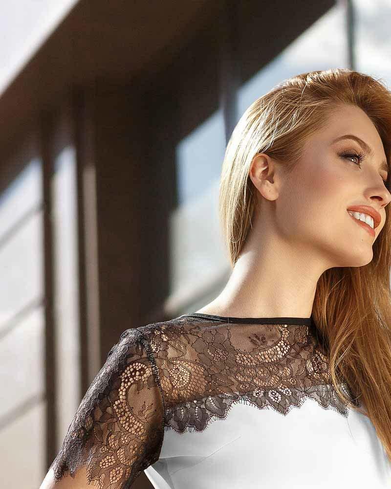 Двухцветная летняя блуза фото