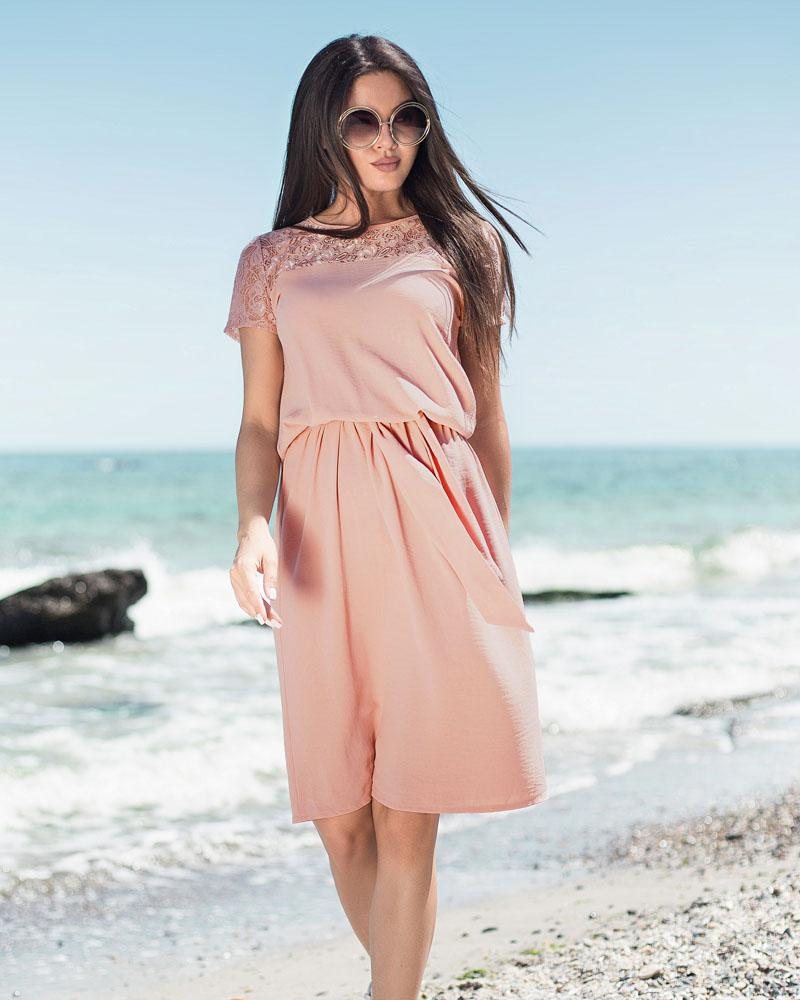 Повседневное летнее платье фото