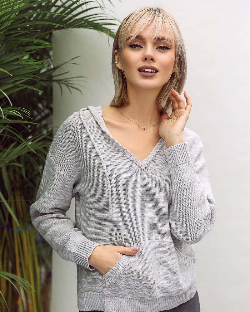 Пуловер с капюшоном фото