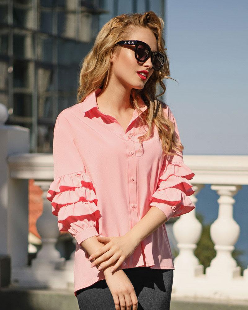 Расклешенная офисная блуза фото