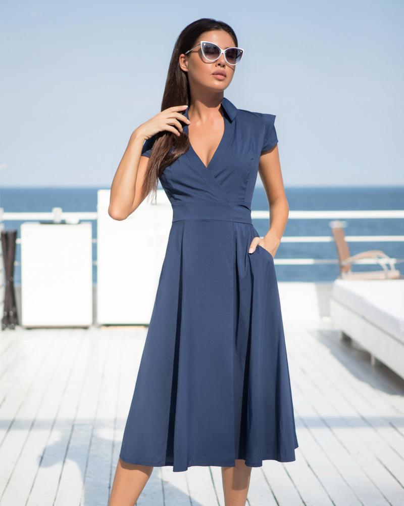 Струящееся летнее платье фото