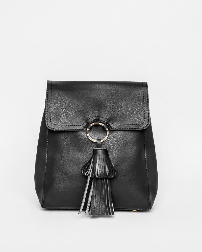 Сумка-рюкзак с кисточкой
