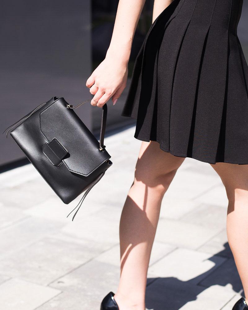 Маленькая сумка-портфель