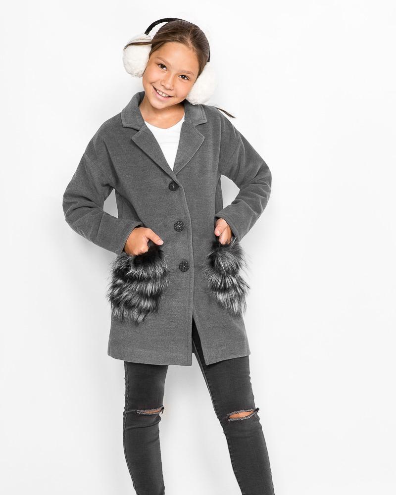 Пальто на пуговицах фото