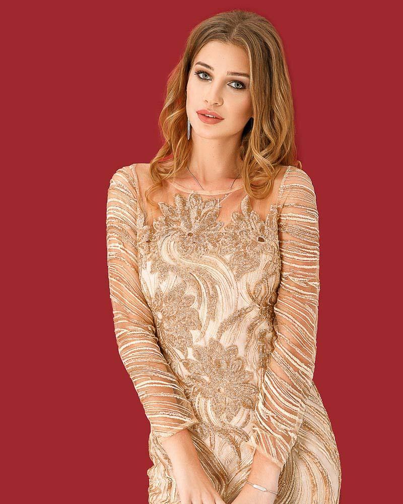 Коктейльное платье с декором фото