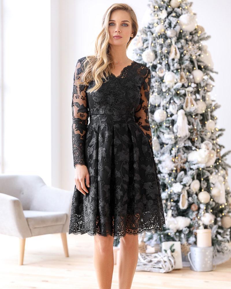 Пышное платье на запа́х фото