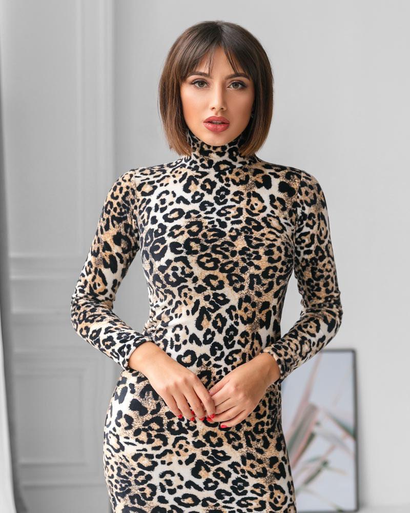 Облегающее платье с принтом фото