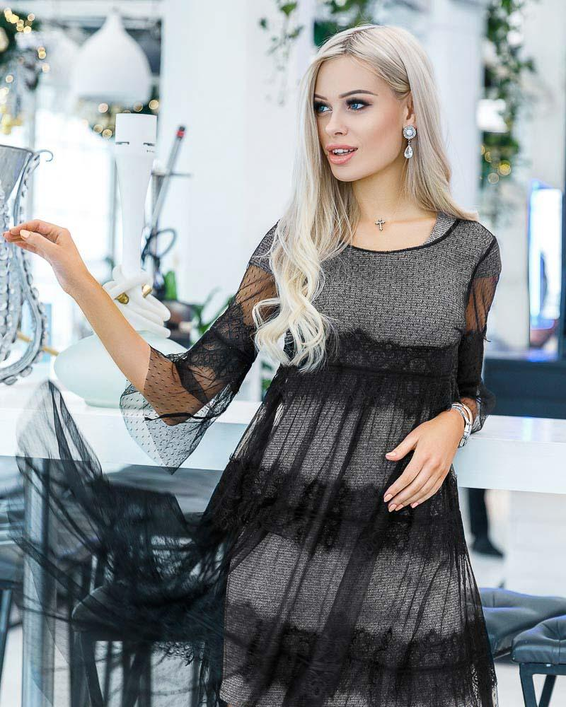 Стильное платье-сетка фото