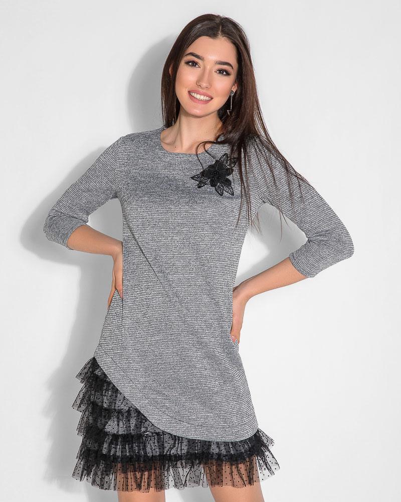 Асимметричное платье с декором
