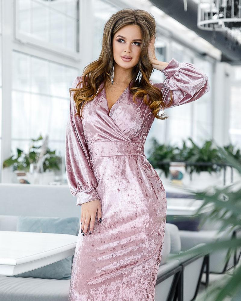 Бархатное платье-миди фото