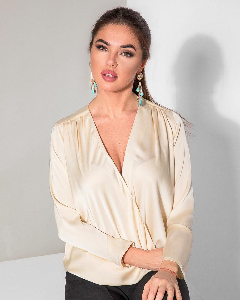 Шовкова блуза на запах от Gepur