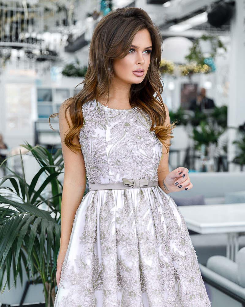 Декорированное вечернее платье фото
