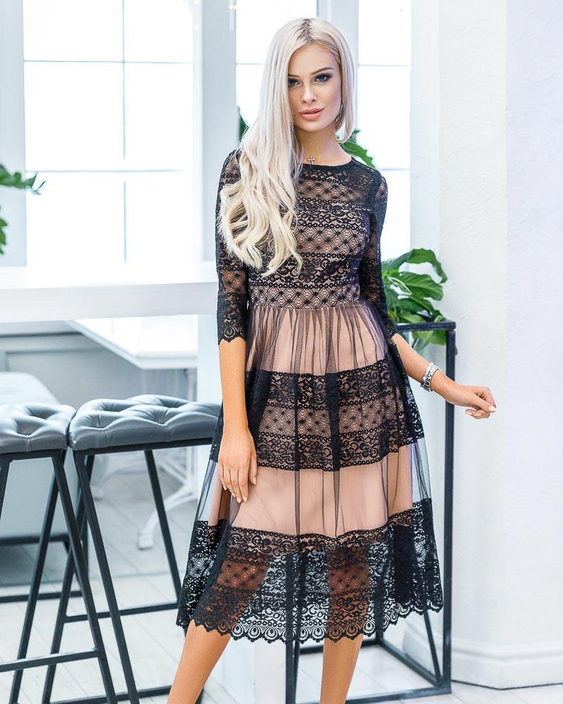 Кружевное платье-миди фото
