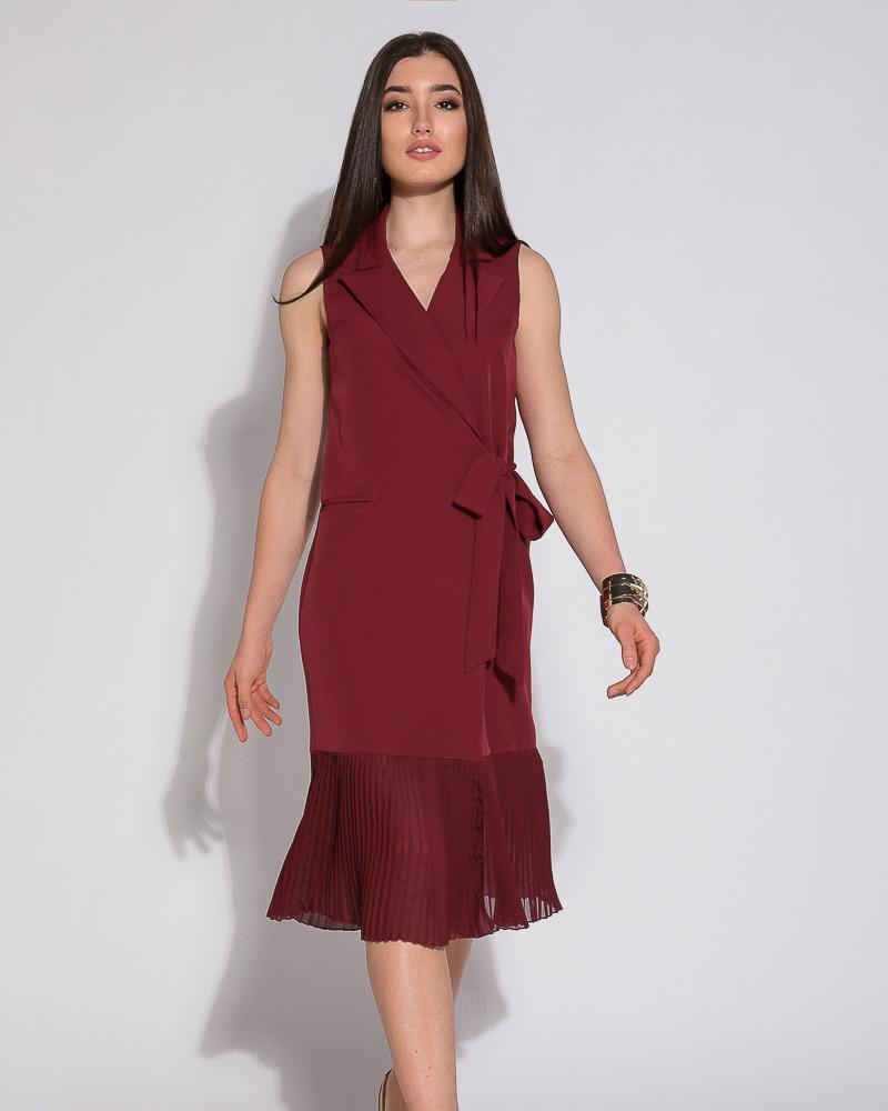 Эффектное платье с плиссе фото