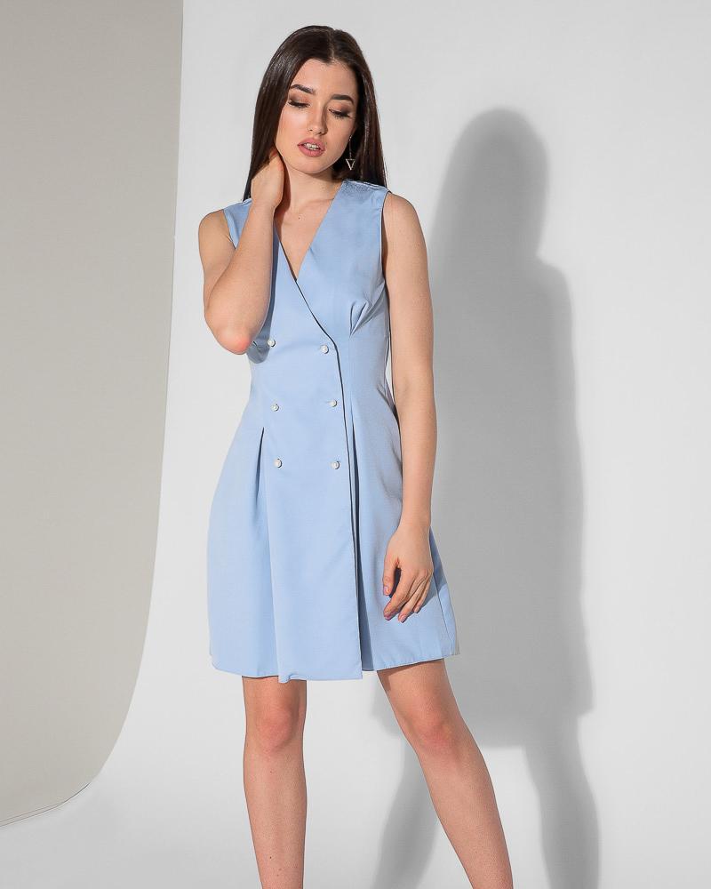Короткое платье без рукавов фото