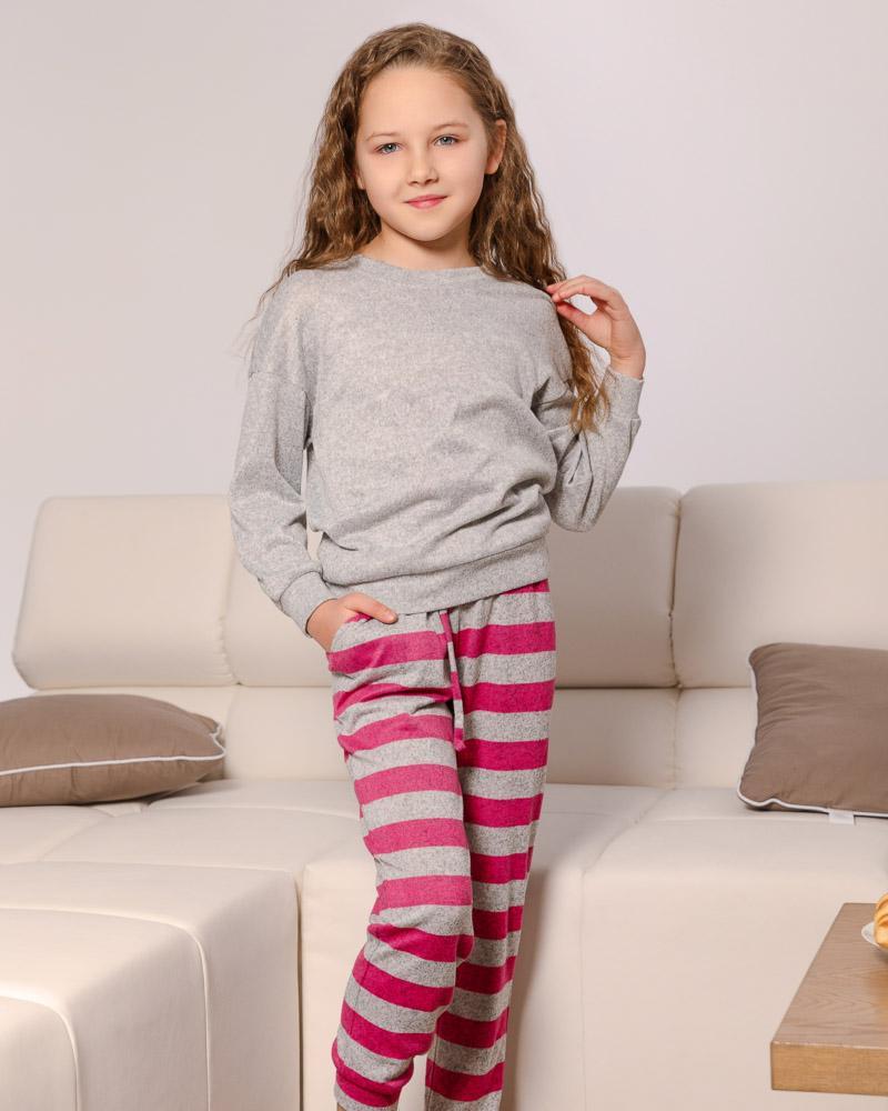 Трикотажная пижама для девочек фото
