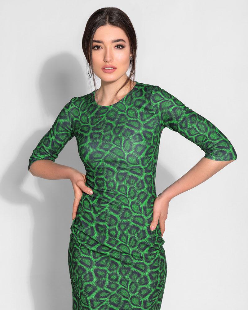 Сдержанное облегающее платье фото