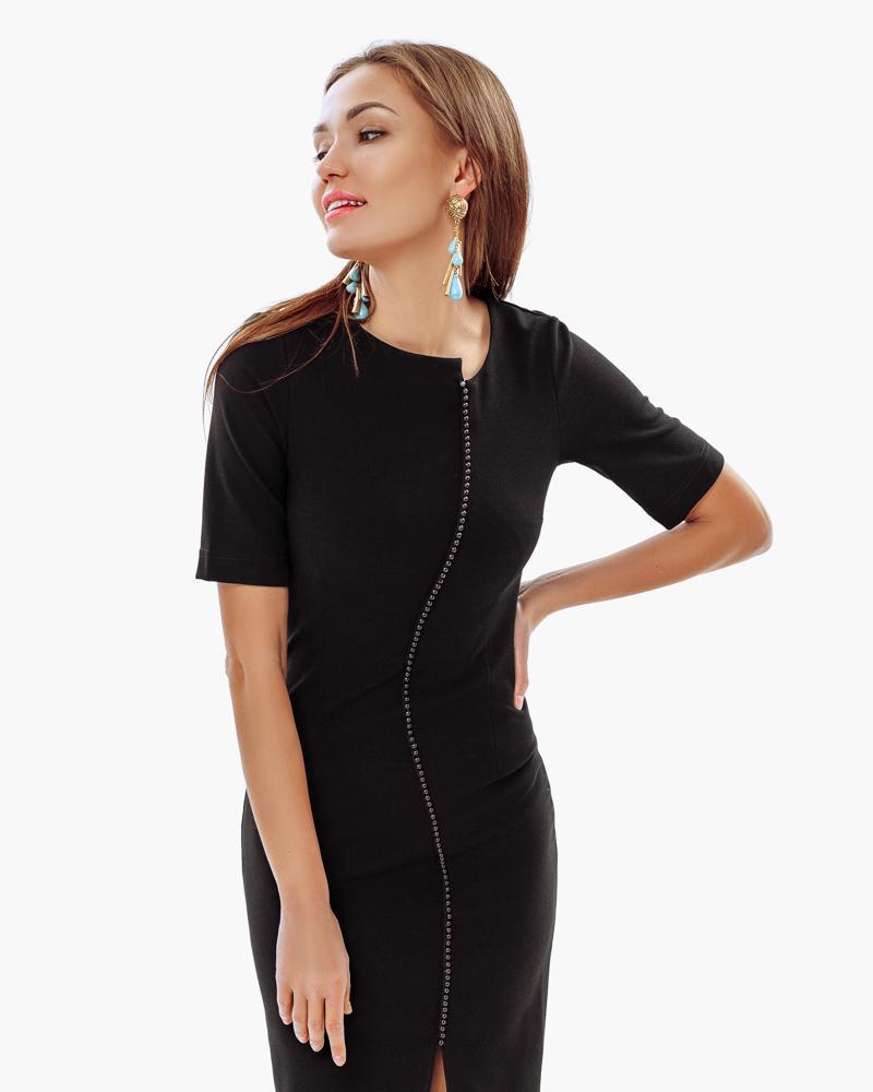 Лаконичное облегающее платье фото