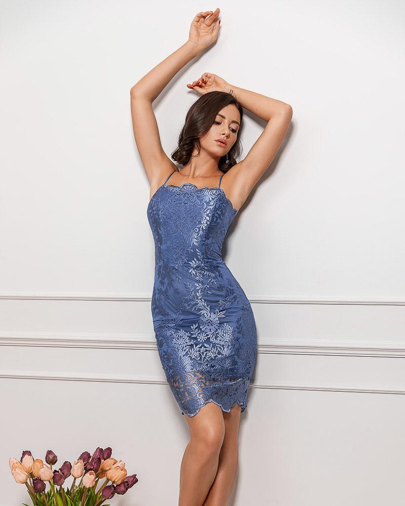 Изящное вечернее платье фото