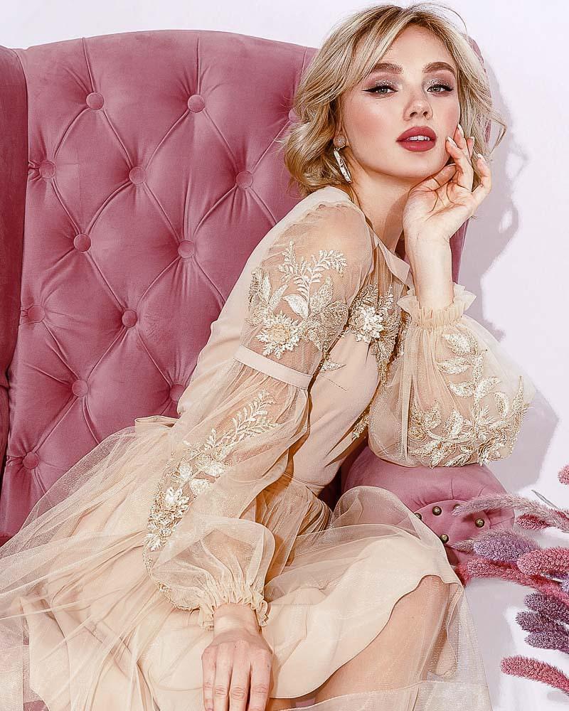 Воздушное вечернее платье фото