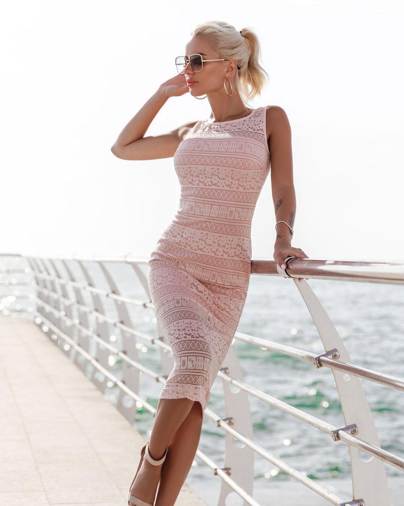 Платье-миди из гипюра