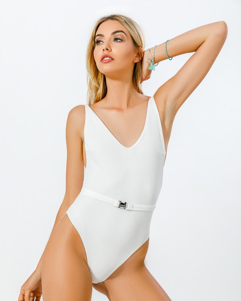 Стильный купальник с пряжкой фото