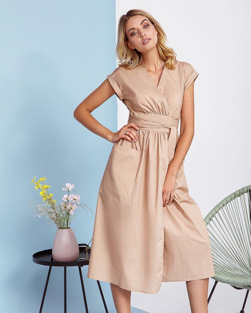 Платье с объемной юбкой